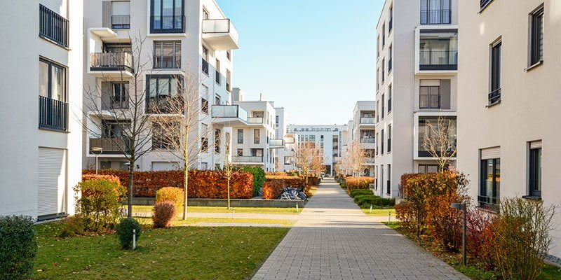 Buying a Condo vs. a House: Which is Right for You?